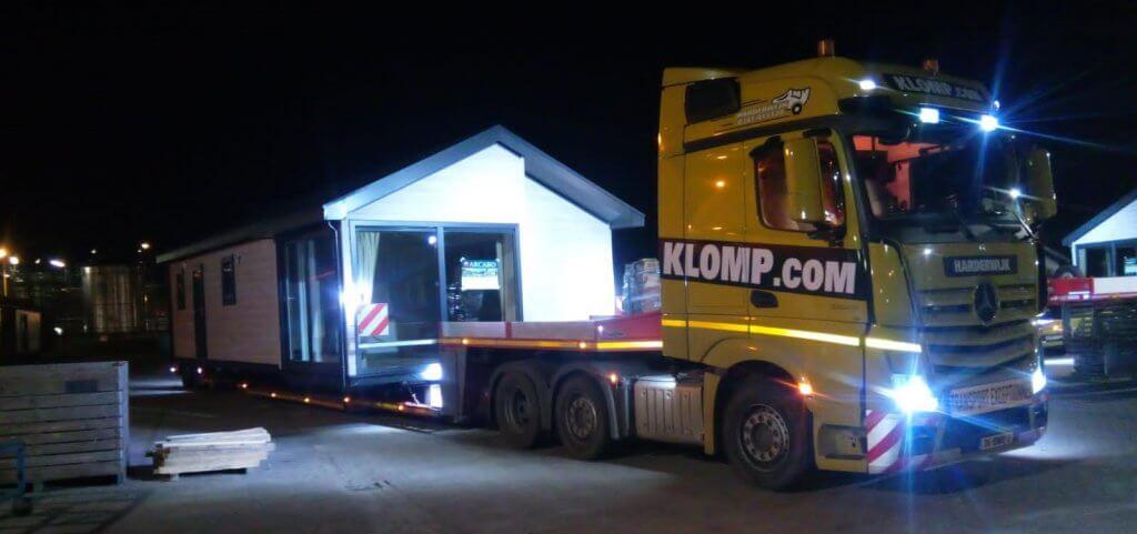 Caravan_transport2